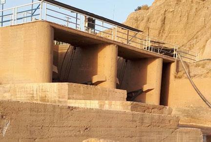 مطالعات ، طراحی و نظارت بر اجرای بهسازی شبکه اصلی آبیاری و زهکشی دشت کنجانچم(ایلام-مهران) به مساحت طرح هکتار