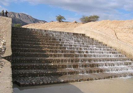 مطالعات ، طراحی و نظارت بر احداث سد خاکی آبخیزداری تنگ رود ( استان بوشهر)